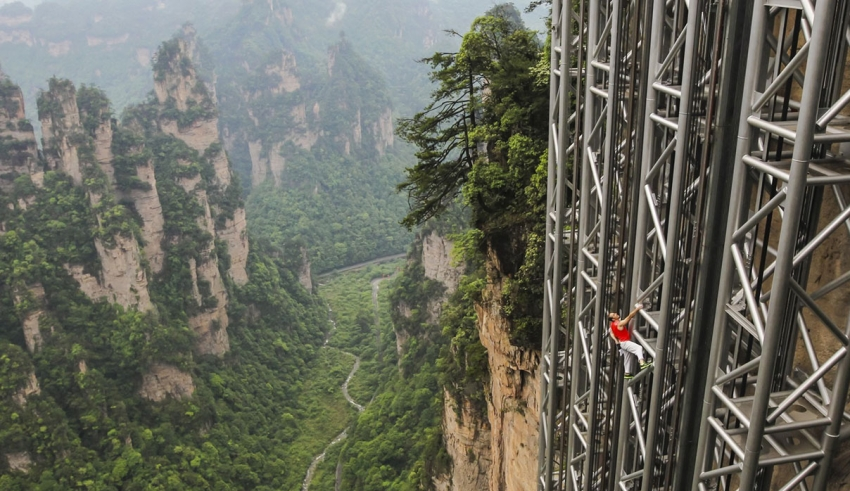 هیجان انگیزترین آسانسور جهان در چین -