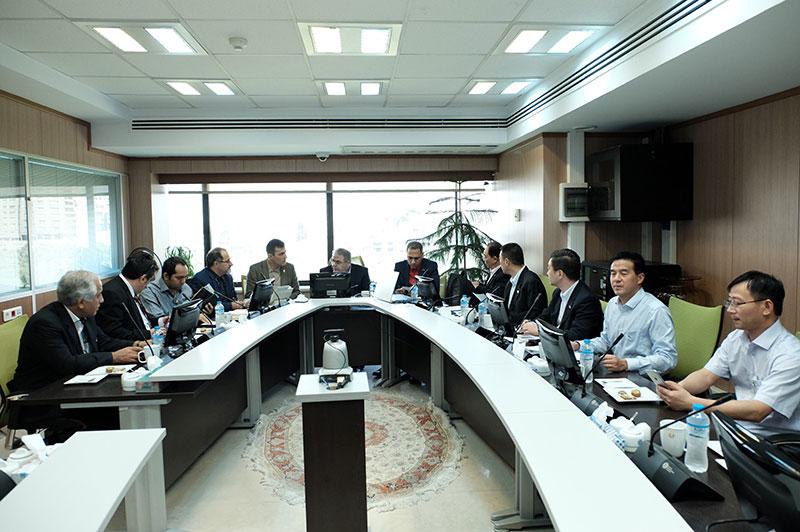 ایران و چین آسانسور